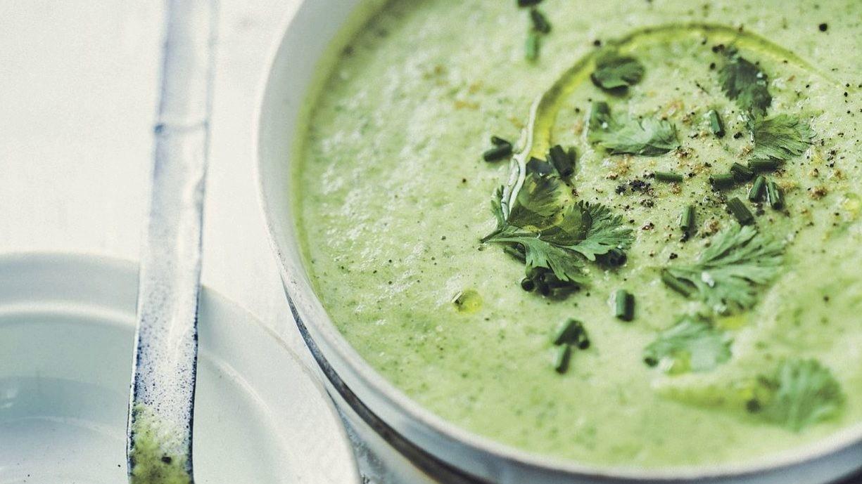soupe froide de courgettes basilic menthe